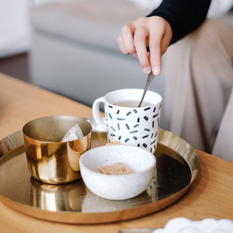 Thé ou café dans le studio